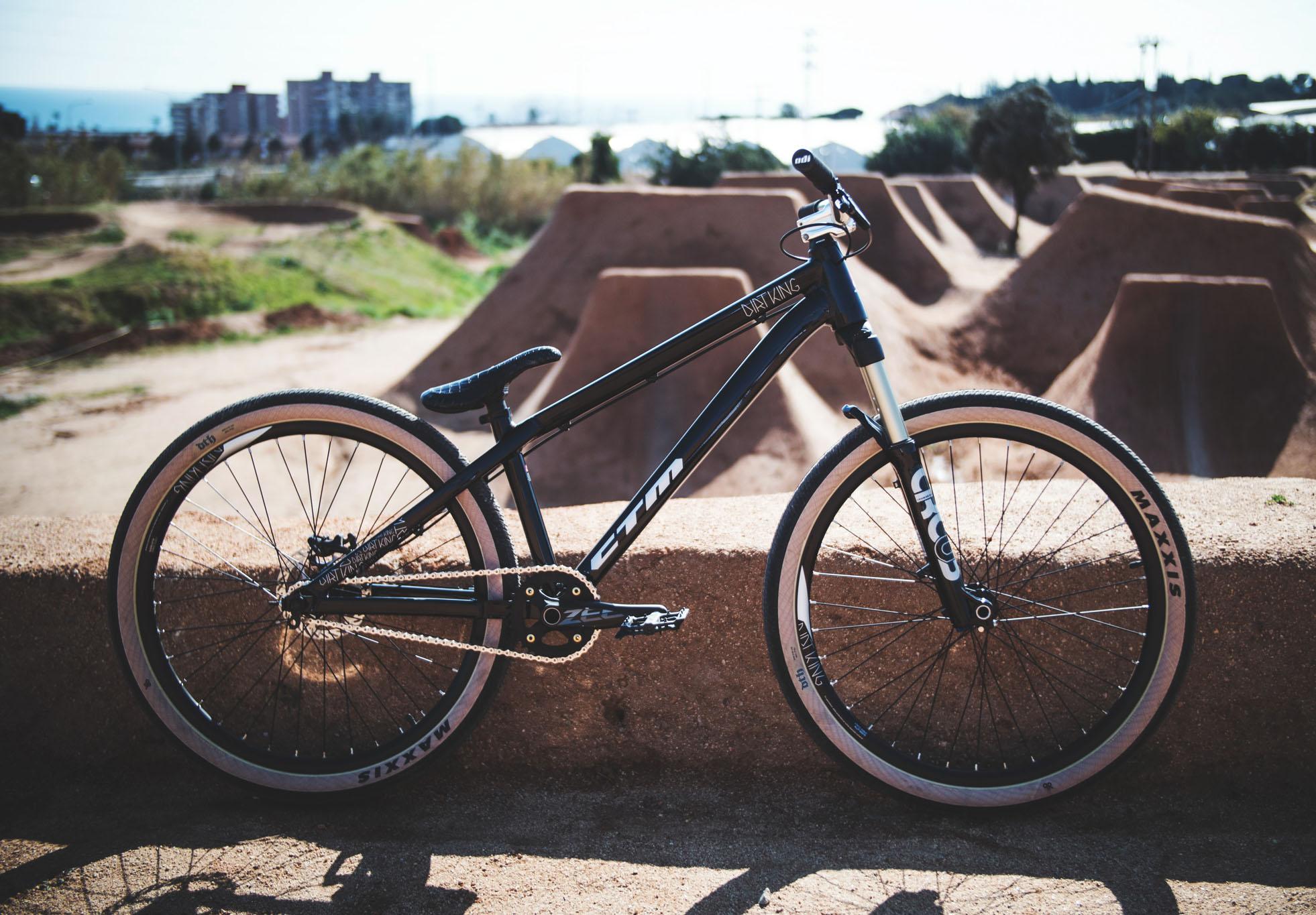 Bike-check: Roman Pichnarcik i CTM Dirtking PRO