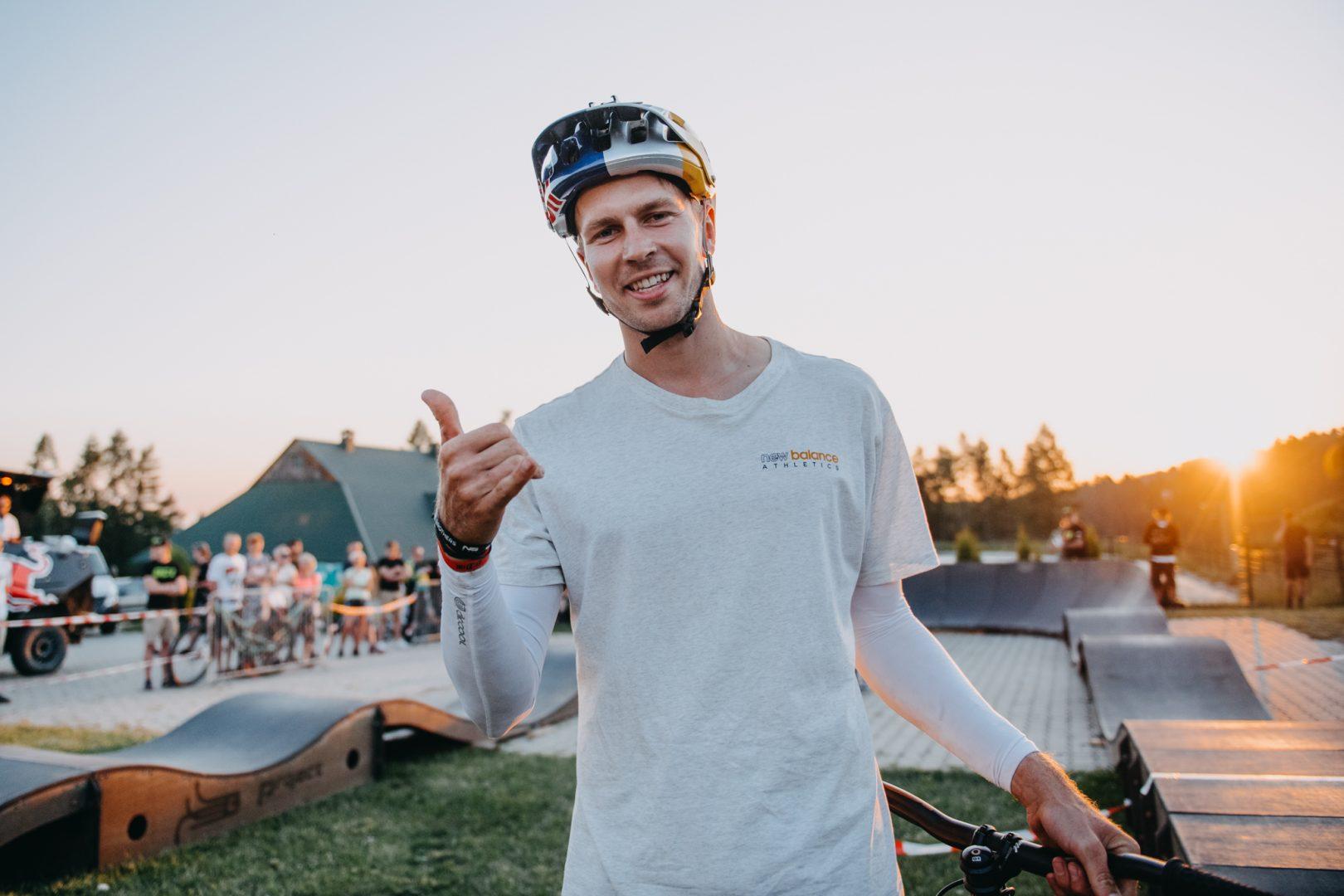 Dzień pierwszy na Małopolska Joy Ride Festiwal 2021 – Hat Trick Dawida Godźka